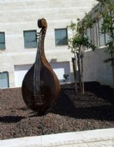 The mandolin sculpture, placed in a high school in Ness Ziona. Iron work volume