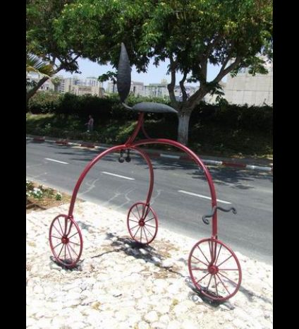 bicycle sculptures, Ness Ziona Avenue. Sculptures made of iron and wood